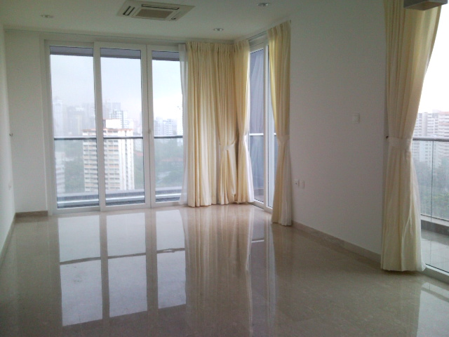 Unblock Views of Buki Panjang from Phoenix Residences Close to the City at Choa Chu Kang